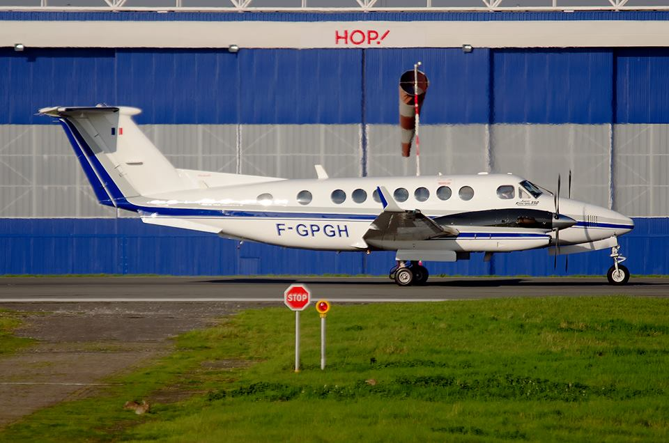 Beech 300 Super King Air
