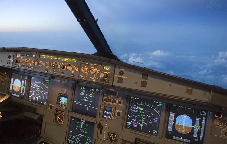 Airbus-Cockpit-jour